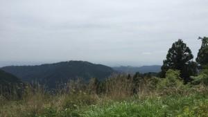 小仏城山から望む高尾山